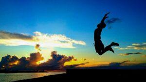 人生はまだまだこれから、明日に向かってジャンプ